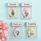 Heartfelt Sentiment Flowers Magnet