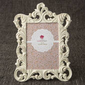 Opulent Brushed Gold Baroque 5 x 7 Frame