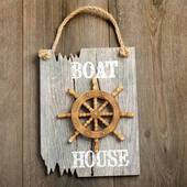 Ships Wheel Plaque Boat House in White Driftwood Edge